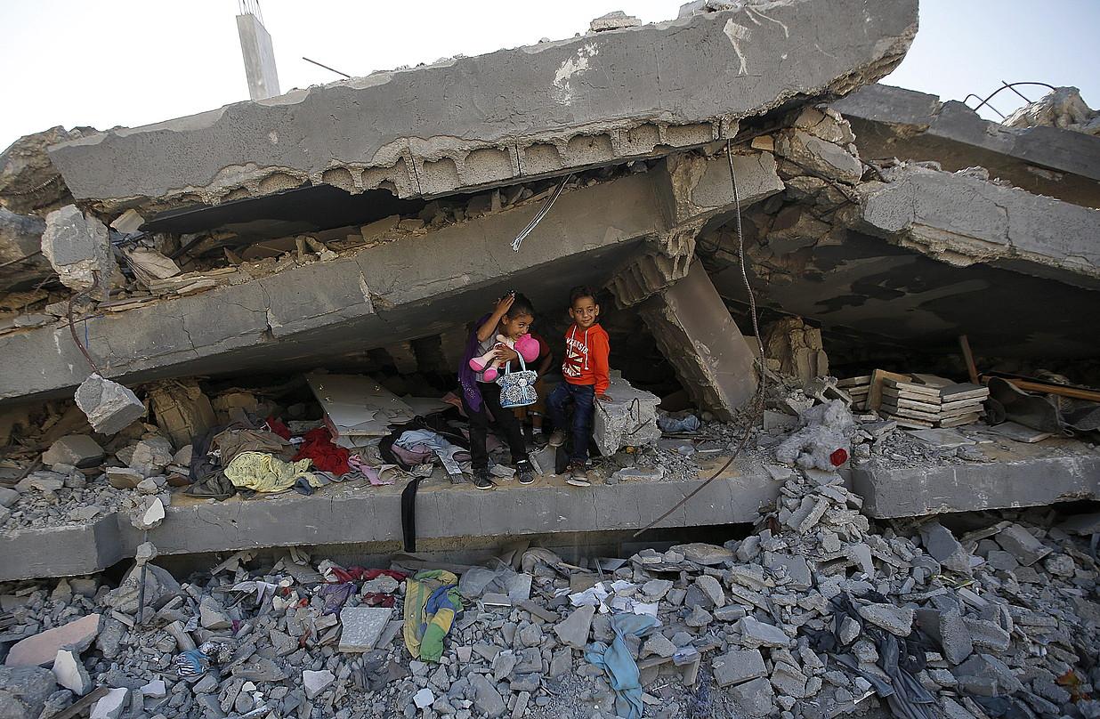 Besteak beste, Gazan egindako gerra krimenengatik ardura eskatzea ahalbidetzen dio Erromako Estatutuak PANi.
