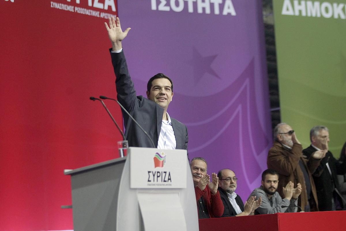Alexis Tsipras Syriza koalizioaren lehen ministro izateko hautagaia, asteburuan Atenasen egindako ekitaldi batean.