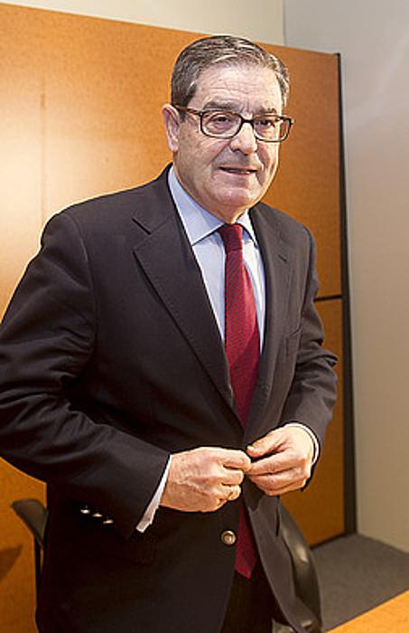 Mario Fernandez, Kutxabankeko presidente ohia. / LUIS JAUREGIALTZO / ARGAZKI PRESS