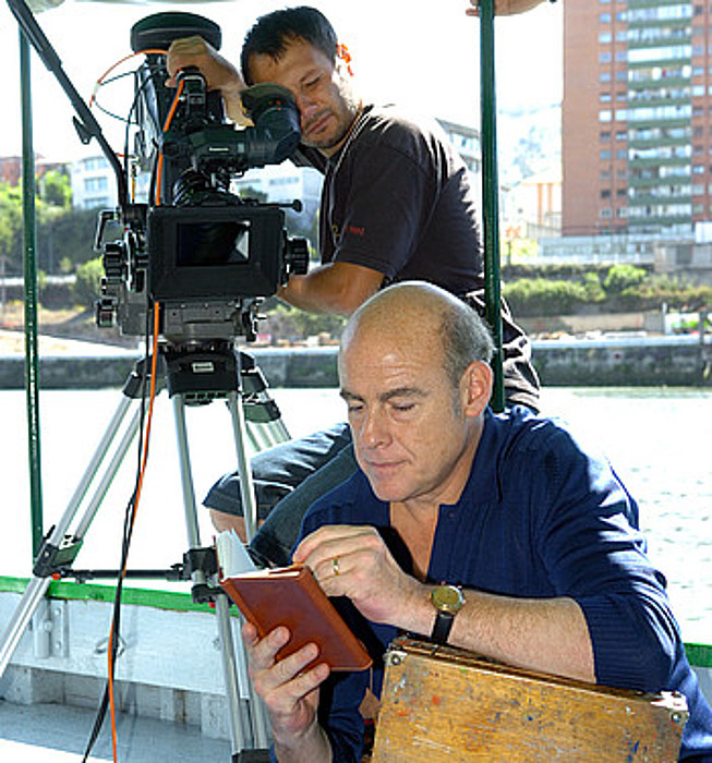 Aitor Mazo aktorea, <em>La máquina de pintar nubes</em> pelikula filmatzen.