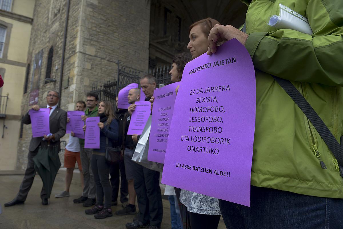 Gasteizko jaietan eraso sexisten aurka egiteko protokoloaren aurkezpena. ©RAUL BOGAJO / ARGAZKI PRESS