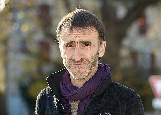 «Bazka behar zutenez, atxilotu egin ninduten»