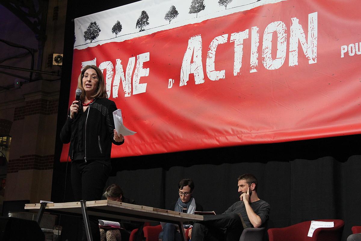 Naomi Klein idazlea, atzo, ZAC guneko eztabaidan, Parisen. ©ADRIAN GARCIA