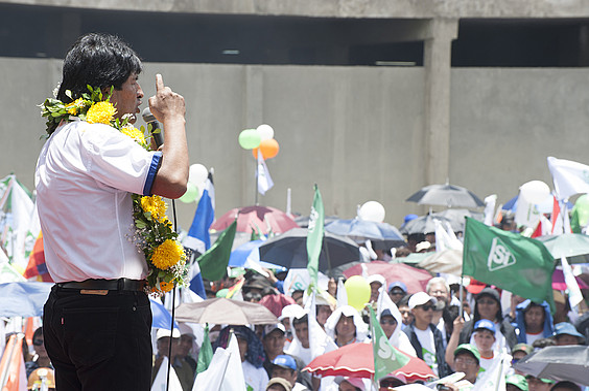 Evo Morales Boliviako presidentea, joan den asteko mitin batean. ©JOANES ETXEBARRIA