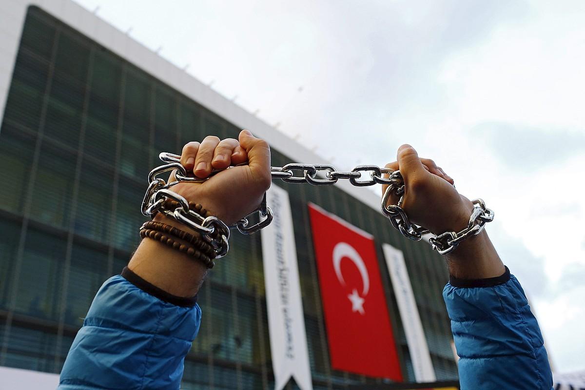 Gobernuaren kontrako ekintza, atzo, Istanbulen.