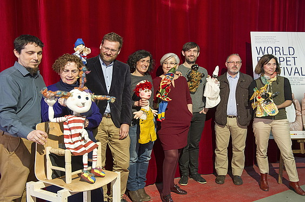 Donostia 2016, Topic eta Unima erakundeetako ordezkariak, World Puppet Festival jaialdiaren aurkezpenean, atzo, Donostian. ©JUAN CARLOS RUIZ / ARGAZKI PRESS