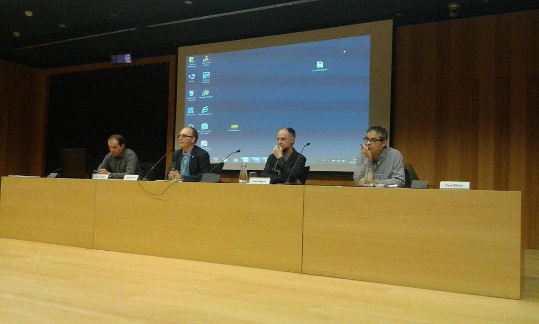 Josu Labaka (Uema), Mikel Irizar (Gipuzkoako Diputazioa), Iñaki Alegria (UEU) eta Paul Bilbao (Kontseilua), atzo, jardunaldiaren inaugurazio ekitaldian.
