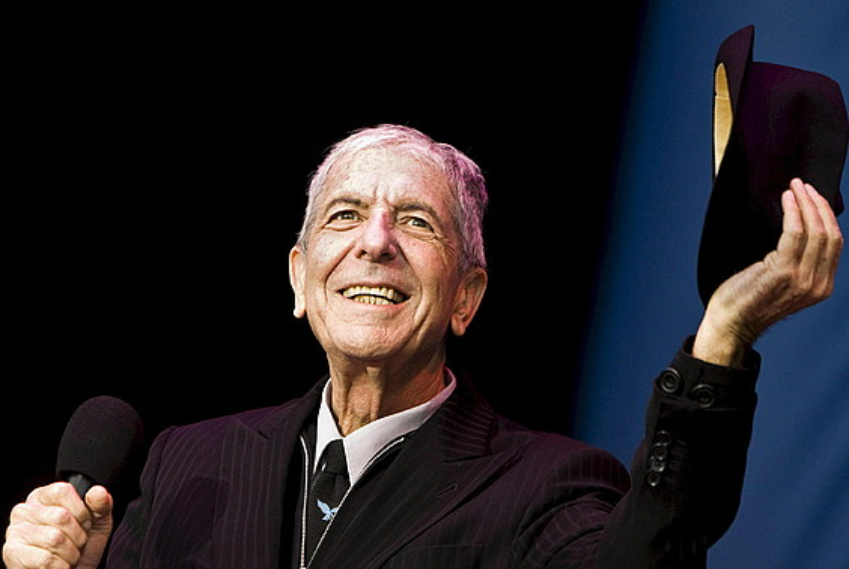 Leonard Cohen, 2008ko uztailaren 12an, Amsterdamen emandako kontzertuan.