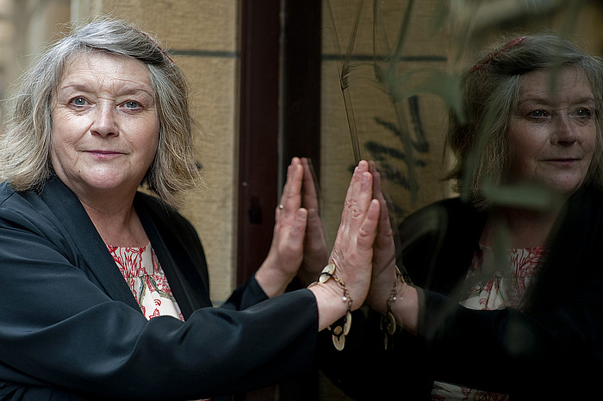 Galesez idazten du Menna Elfyn poetak. Irudian, Donostian, 2012an hartutako argazki batean. ©JUAN CARLOS RUIZ / ARGAZKI PRESS