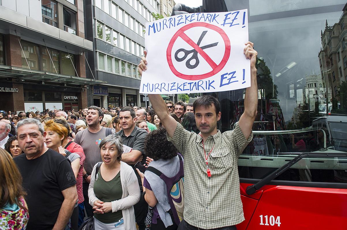 Hezkuntza murrizketen aurkako protesta, ekainean.