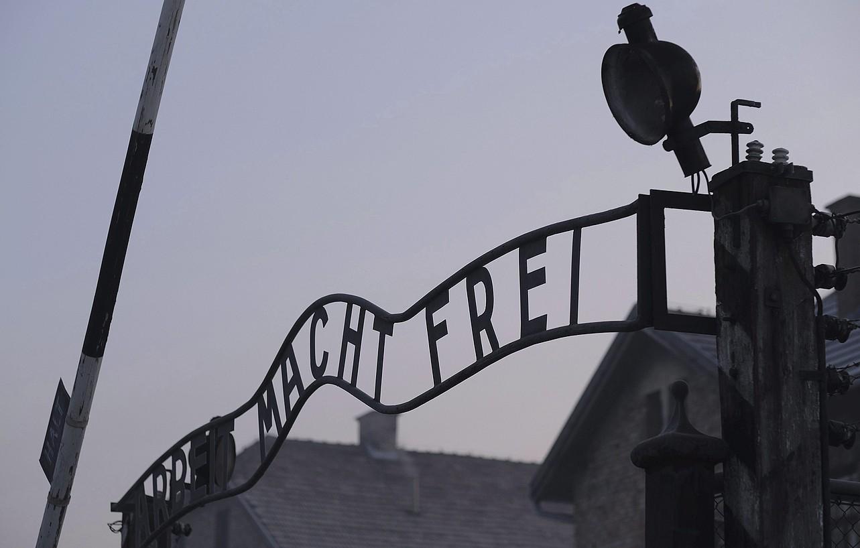 Larrutik sufritu zuen nazien zapalkuntza Keilsonek. Gasarekin hil zituzten haren gurasoak, Auschwitzeko kontzentrazio esparruan. ©ANDRZEJ GRYGIEL / EFE