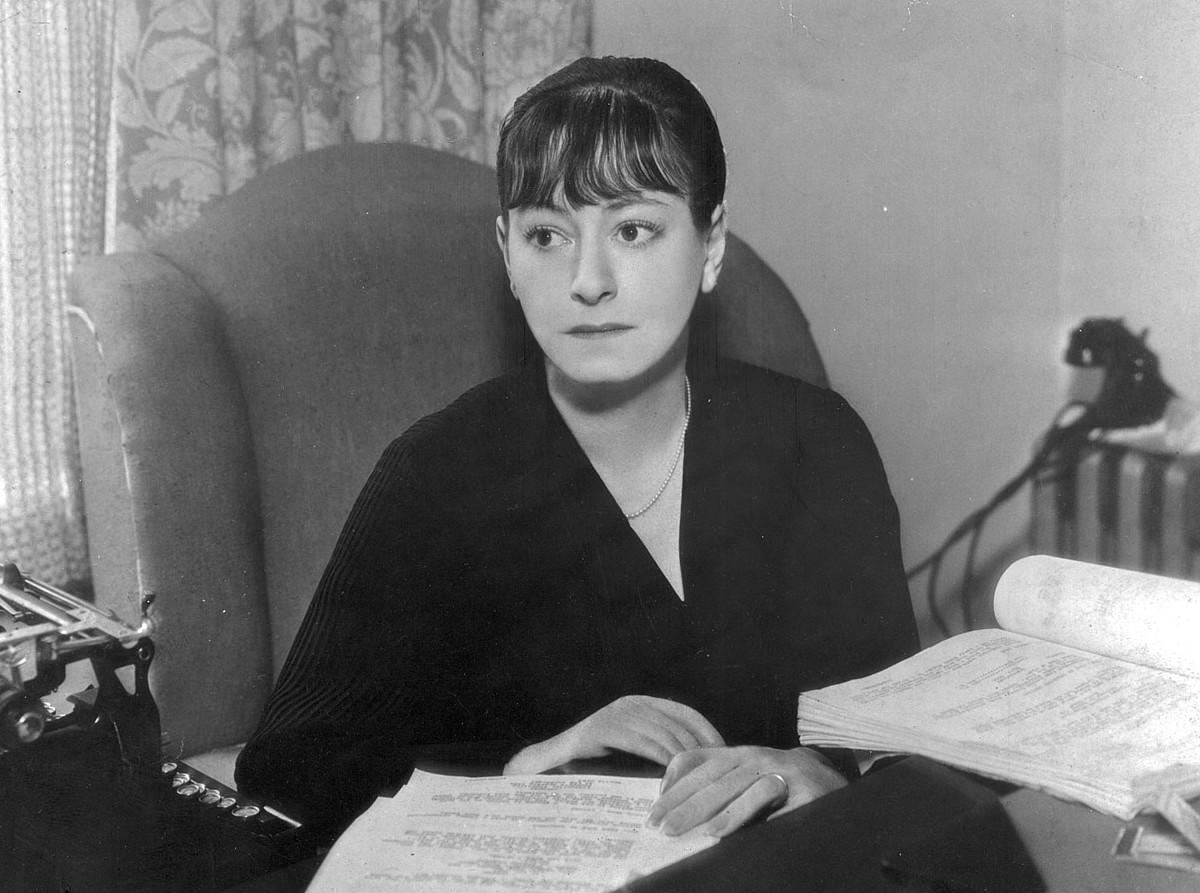 Dorothy Parker idazlea, bere estudioan. ©BERRIA