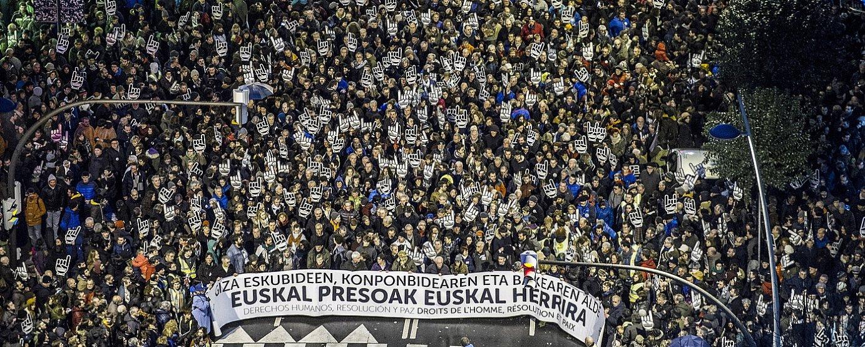 Sare herritar plataformak deituta euskal presoen eskubideen alde joan den urtarrilaren 14an Bilbon egin zen manifestazioa. ©MARISOL RAMIREZ / ARGAZKI PRESS