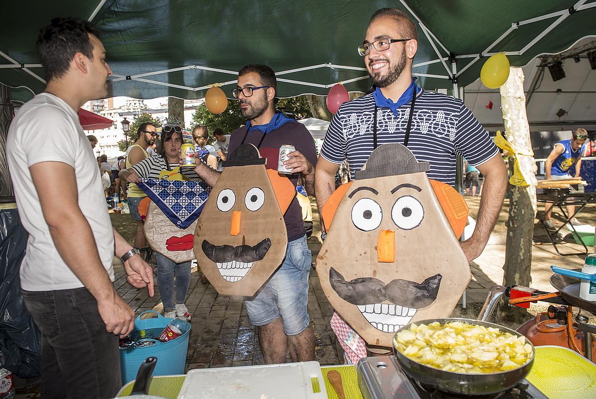 Era guztietako jendeak parte hartu du lehiaketan. ©MARISOL RAMIREZ/ARGAKI PRESS