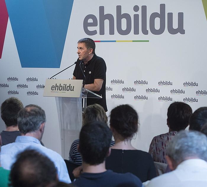 Arnaldo Otegi, EH Bilduren ekitaldi batean. / JAGOBA MANTEROLA / ARGAZKI PRESS