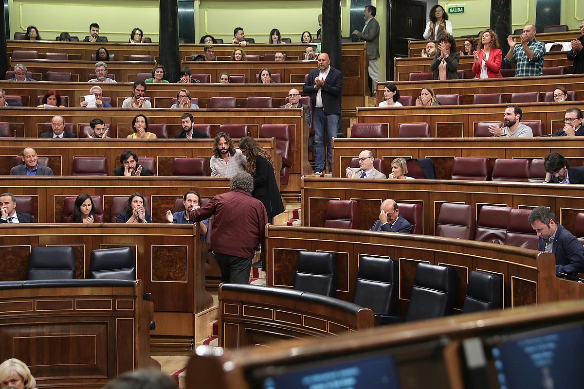 Espainiako Kongresuko saioa, atzo, Madrilen. / ZIPI / EFE