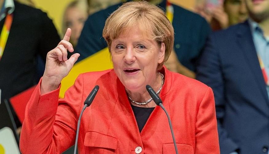 Angela Merkel, CSU/CDU bere alderdiak Reutlingenen (Baden-Wurtemberg) ospatu kanpainako ekitaldi batean. ©DANIEL MAURER / EFE