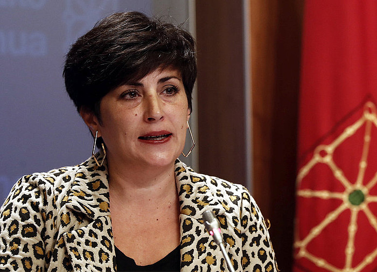 Maria Solana Hezkuntza kontseilaria, gobernuko egoitzan.