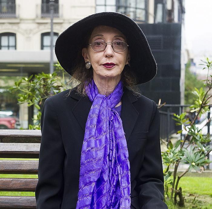 Joyce Carol Oates kritiko azaldu da Donald Trump AEBetako presidentearekin.
