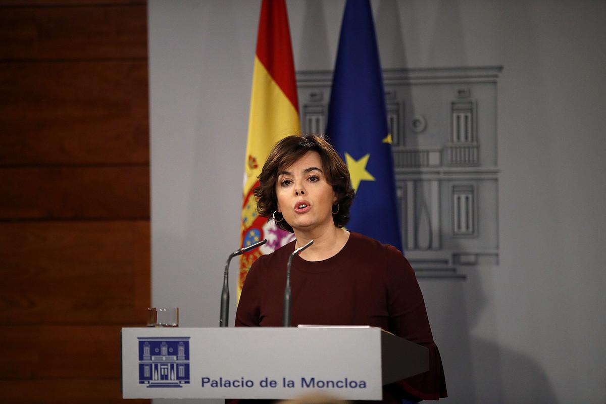 Saenz de Santamaria presidenteordea, atzo, Moncloan. / JUANJO MARTIN / EFE