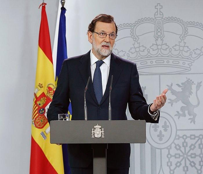Mariano Rajoy Espainiako presidentea, atzo goizean, Moncloa jauregian egin zuen agerraldian. / ANGEL DIAZ / EFE