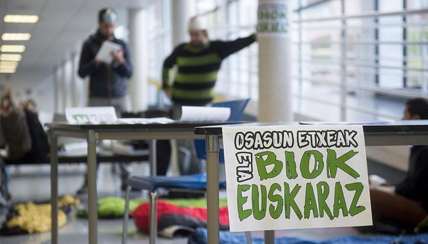 Euskarazko osasun zerbitzua eskatzeko protesta bat, Iruñean. ©IÑIGO URIZ / ARP