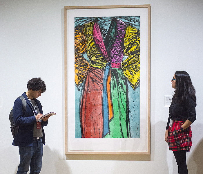 Museoaren funtseko aleekin sortu dute erakusketa. ©MARISOL RAMIREZ / ARP