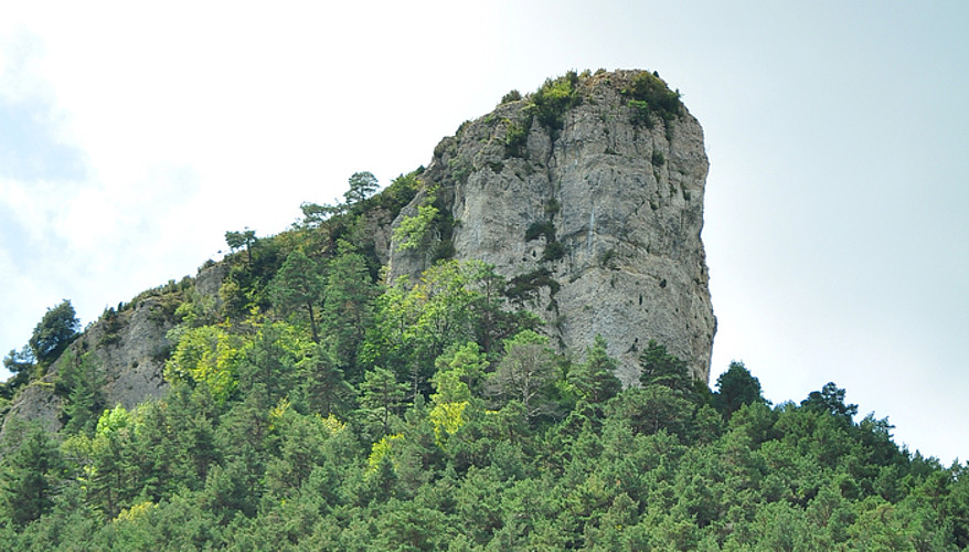 Panoramika ederra eskaintzen du Mazo haitzak bere tontorretik. ©JOSEAN GIL-GARCIA