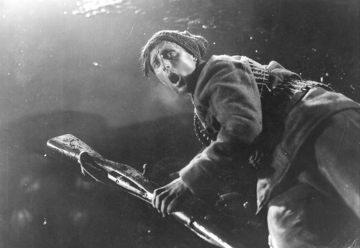 Sergei Eisensteinek 1917ko urriko iraultzaren hamargarren urtemuga ospatzeko egin zuen <em>Oktyabr</em> filma (Urria). &copy;BERRIA