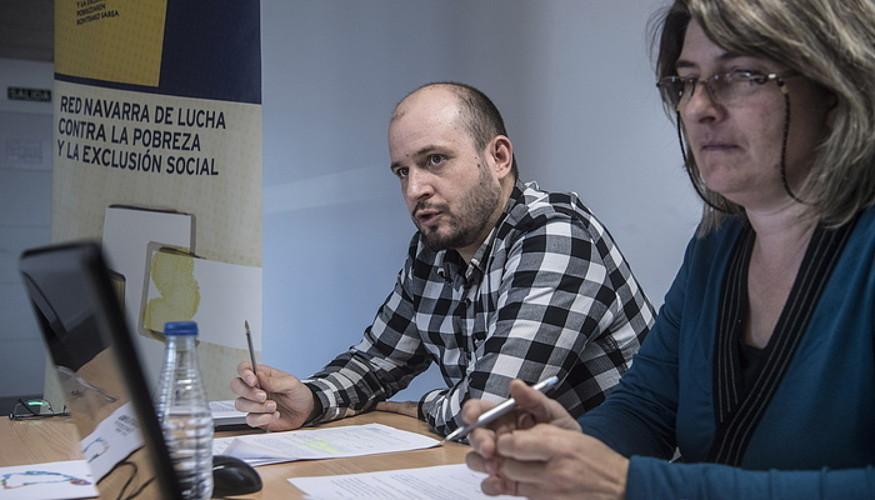 Ruben Pascual eta Lydia Almirantearena, atzo, Iruñean. ©JAGOBA MANTEROLA / ARP