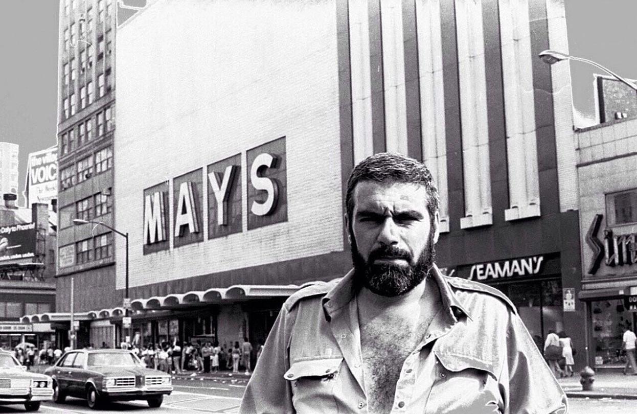 Sergei Dovlatov New Yorken, 1980ko hamarkadan.
