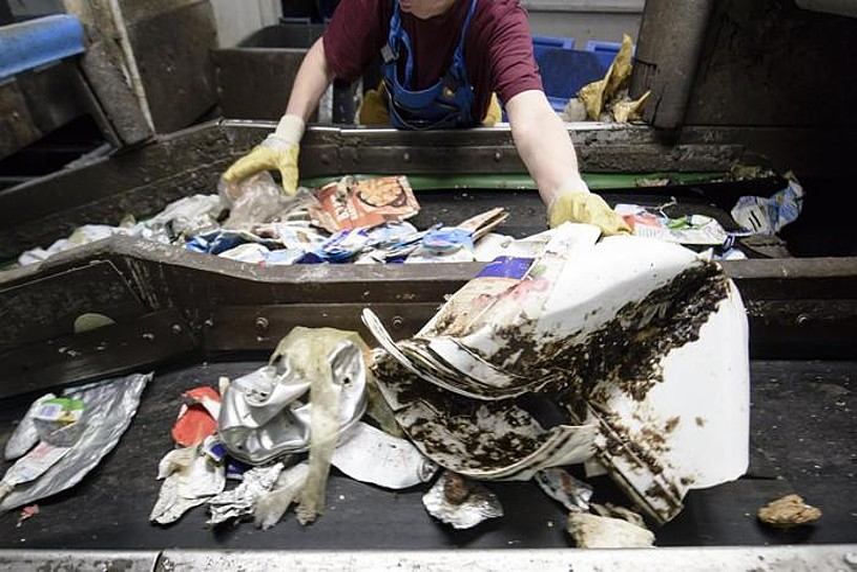 Plastikoei zerga bat, EBko erronka politiko berriak finantzatzeko