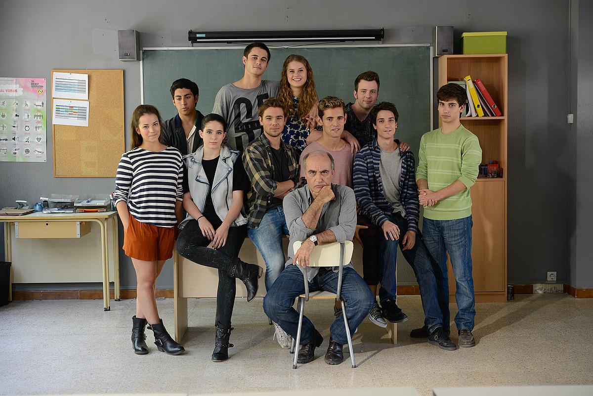 Kataluniako TV3eko <em>Merli</em> telesailaren aktore protagonistak. ETBk hiru denboraldiak emango ditu.