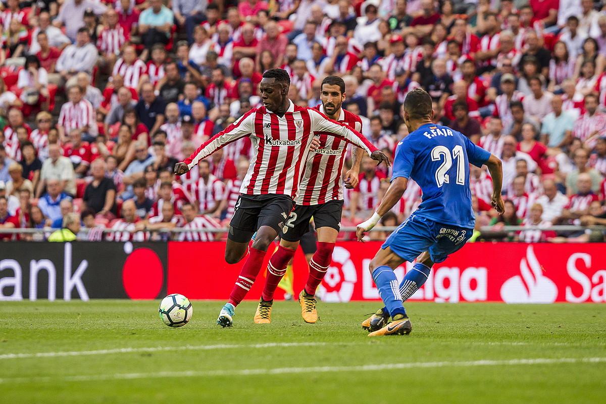 Iñaki Williams, jaurtitzear, ligako lehen jardunaldian San Mamesen Getaferen aurka jokatutako partidan.