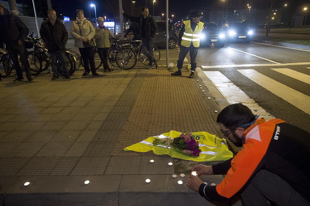 Harrapaketetako biktimei omenaldi bat, iaz, Iruñean. ©IÑIGO URIZ / ARGAZKI PRESS