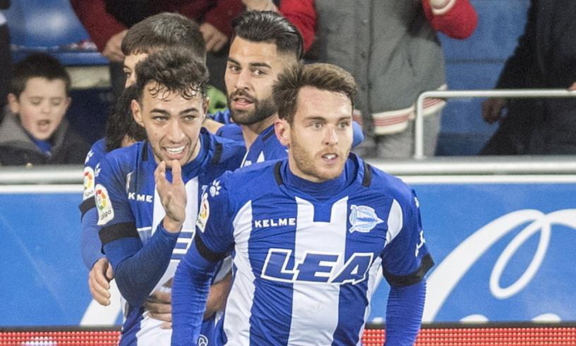 Ibai, Munir, Duarte eta Martin, aurrelariak Las Palmasi sartutako gola ospatzen. ©JUANAN RUIZ / ARGAZKI PRESS