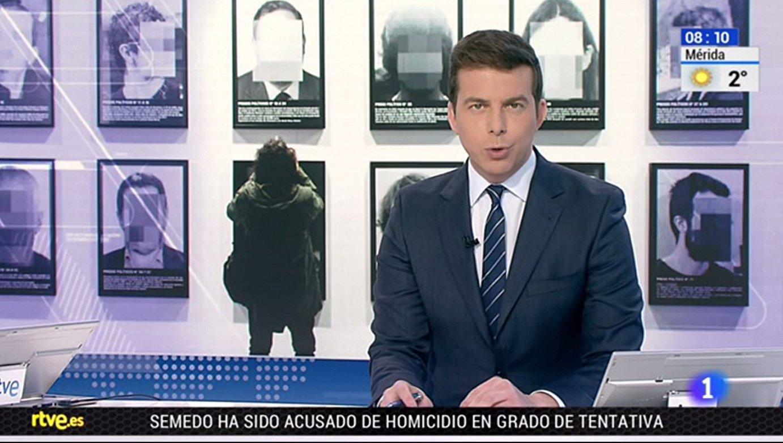 Manipulatzea, zentsuratzea eta publizitatea informazioz mozorrotzea leporatzen diete langileek TVEko albistegiei. ©BERRIA