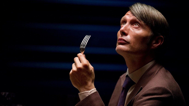 Mads Mikkelsek egiten du Hannibal Lecterrena.