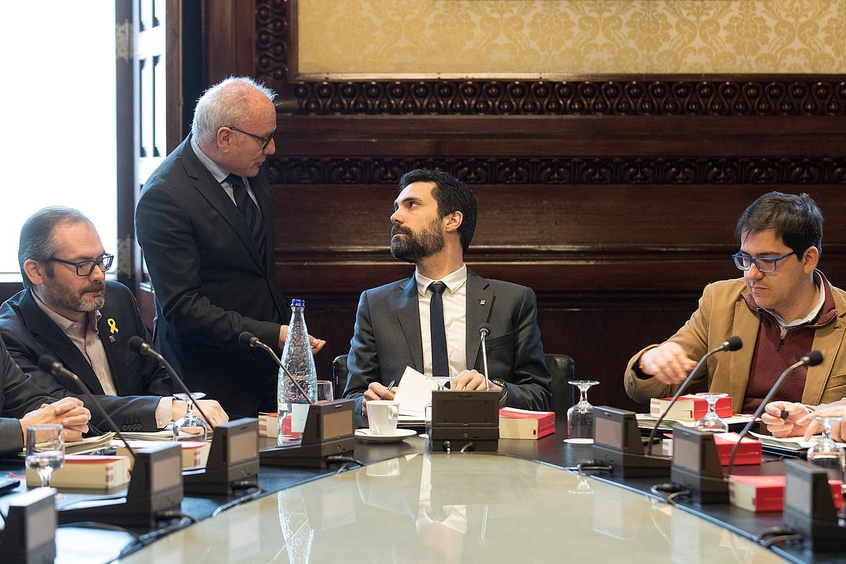 Roger Torrent Kataluniako Parlamentuko Mahaiko presidentea. ©MARTA PEREZ/EFE