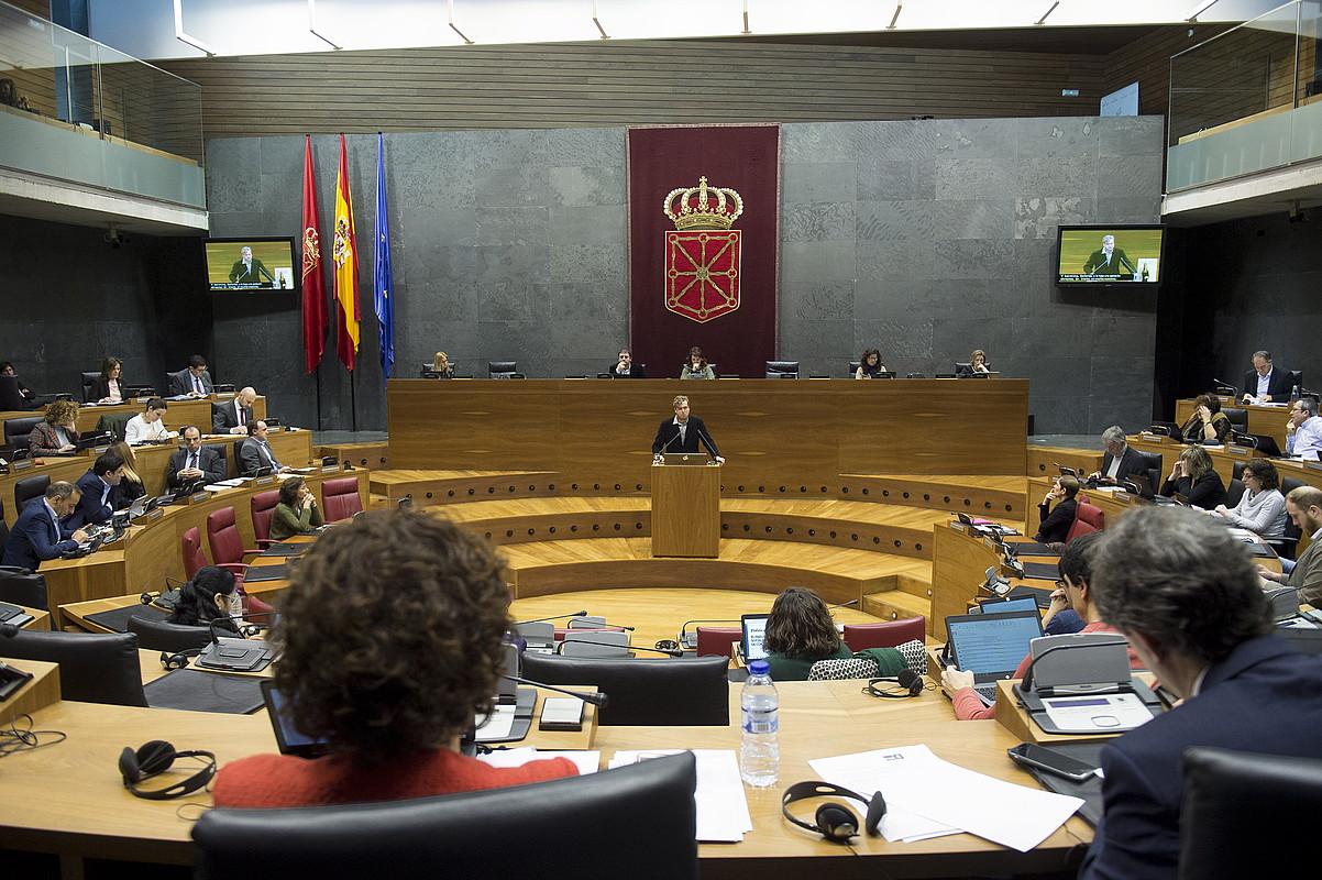 Etziko greba feministak eragina izango du Eusko Legebiltzarrean eta Nafarroako Parlamentuan. / IÑIGO URIZ / ARGAZKI PRESS
