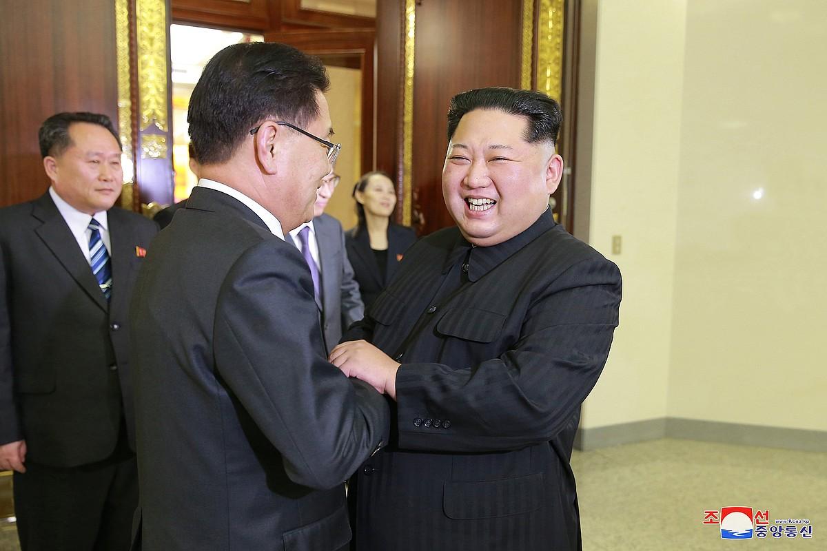 Chung Eui-yong eta Kim Jong-un, Piongiangen, astelehenean.