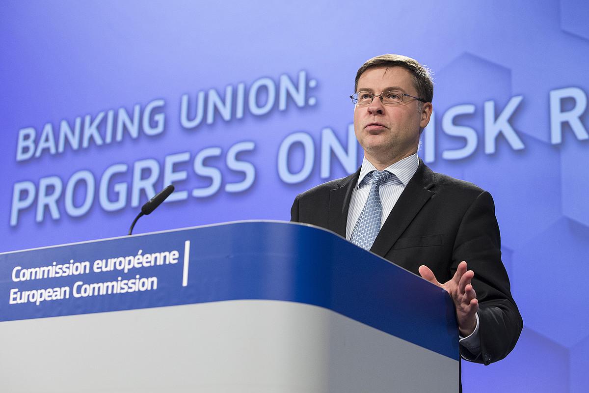 Valdis Dombrovskis EBko presidenteordea, atzo. ©LUKASZ KOBUS / E. BATZORDEA