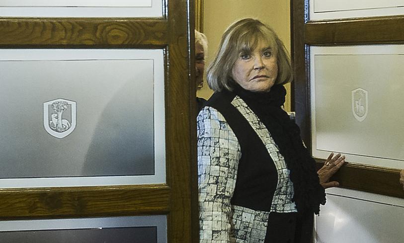 Argentinako kereila daraman Maria Servini epailea, Gernika-Lumoko udaletxean, 2014an.