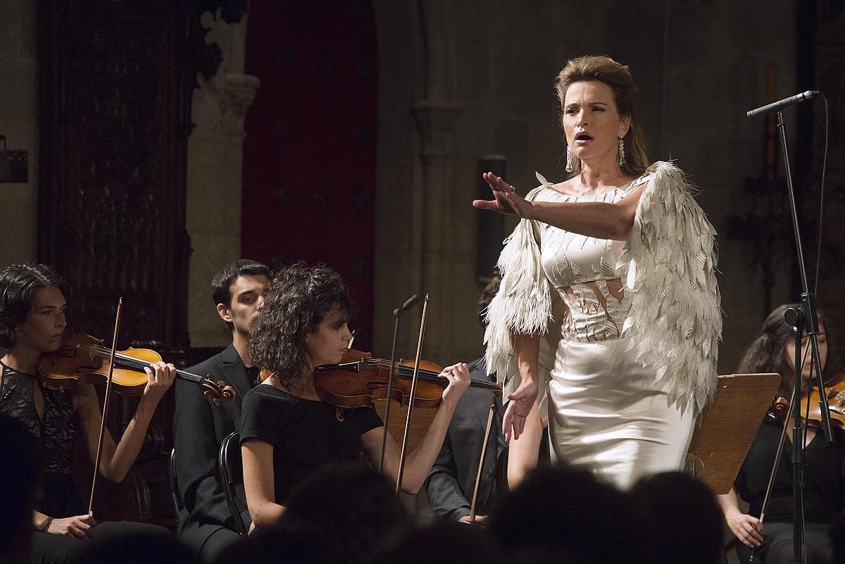 Ainhoa Arteta sopranoa, joan den urtean Gironan (Herrialde Katalanak) emandako kontzertu batean.