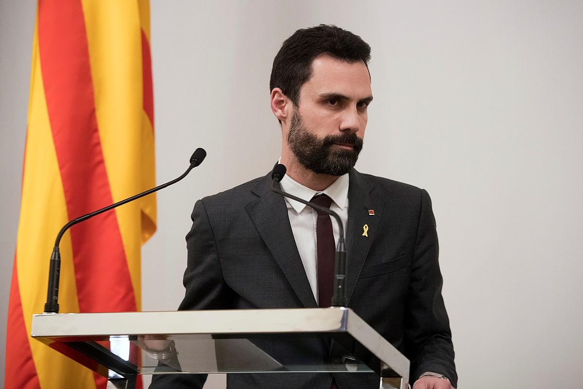 Roger Torrent Kataluniako Parlamentuko presidentea, inbestidura saioa gaur arratsaldean egingo dutela iragarri ostean. ©MARTA PEREZ / EFE