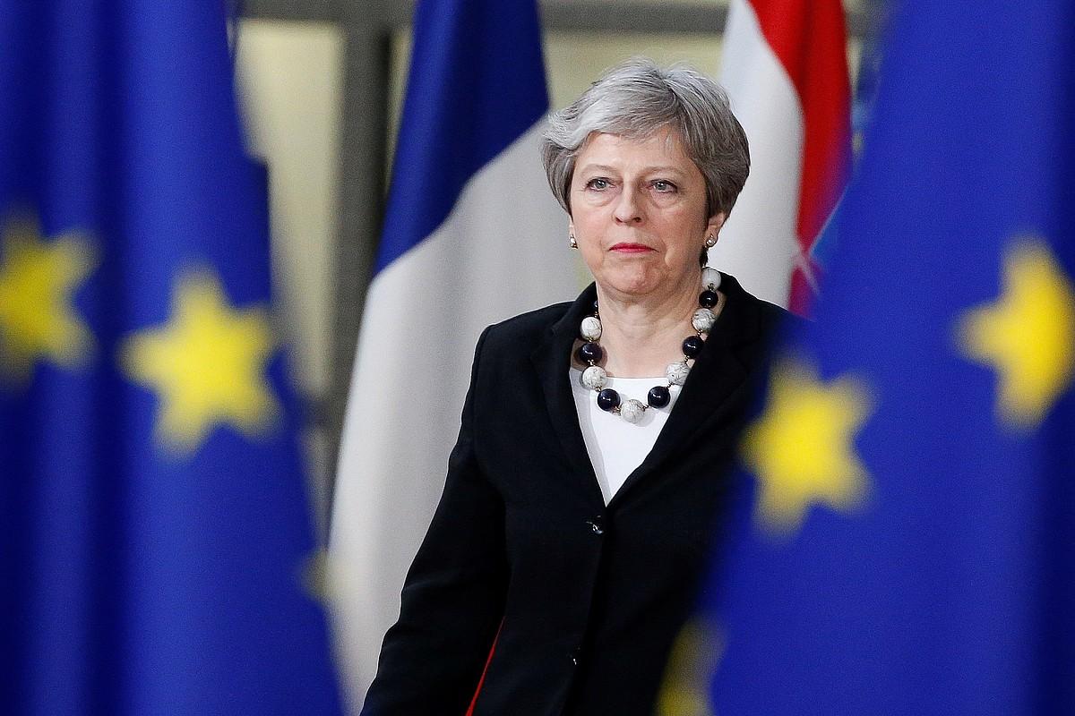 Theresa May Erresuma Batuko lehen ministroak ontzat jo du EBko agintariek <em>brexit</em>-era egokitzeko trantsizioa onartu izana.