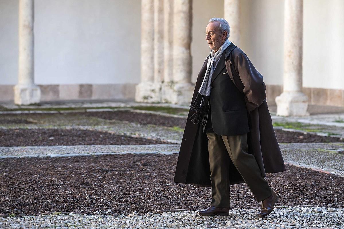Jose Luis Gomez aktorea, <i>Cartas en el tiempo</i> dokumental saioaren aurreneko atalean. &copy;TVE
