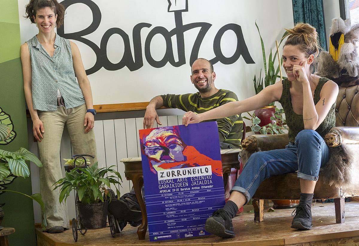 Zurrunbilo jaialdiaren antolatzaileak, Gasteizko Baratza aretoan. ©JUANAN RUIZ / FOKU