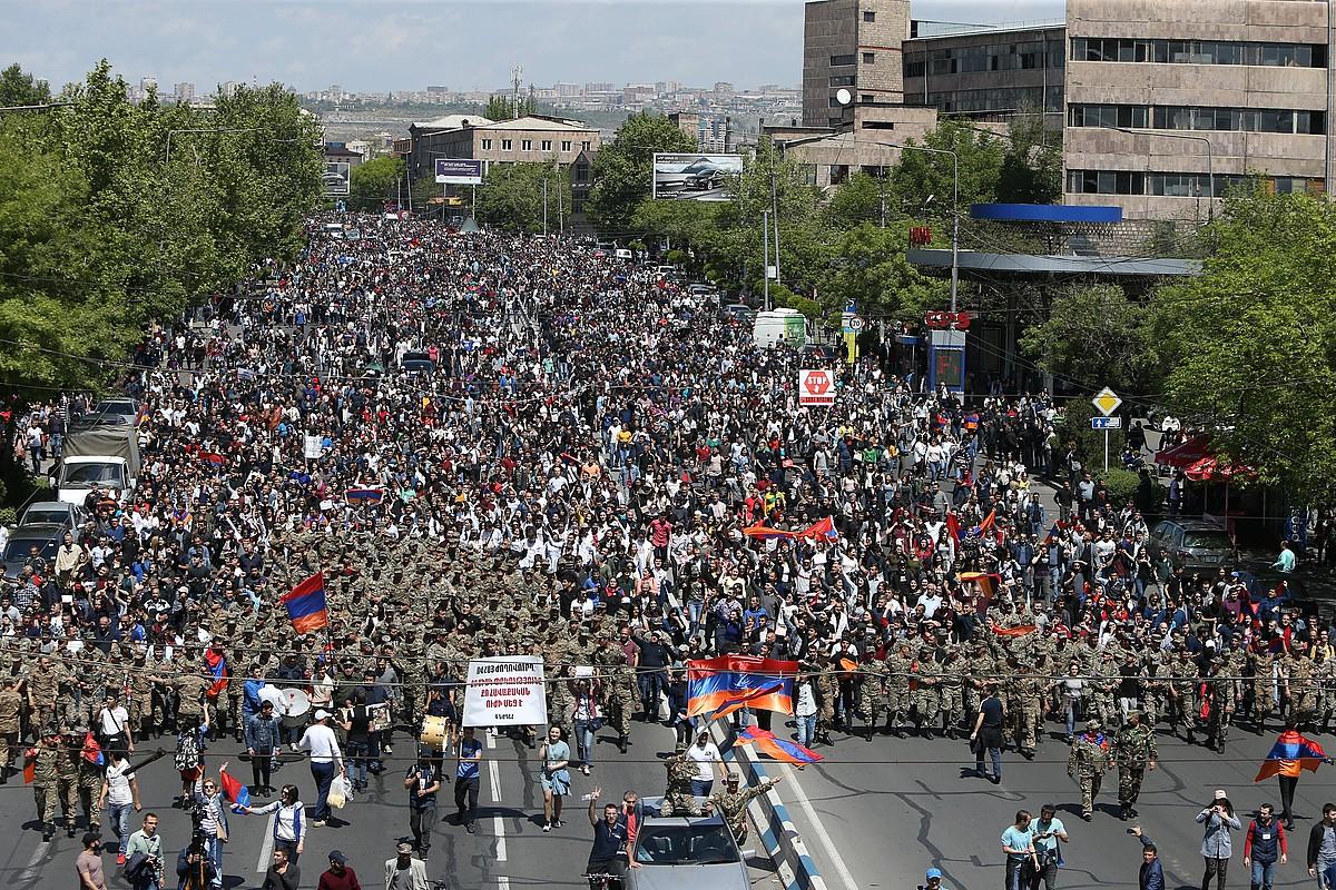 Manifestazio bat, atzo, Erevan hiriburuan.