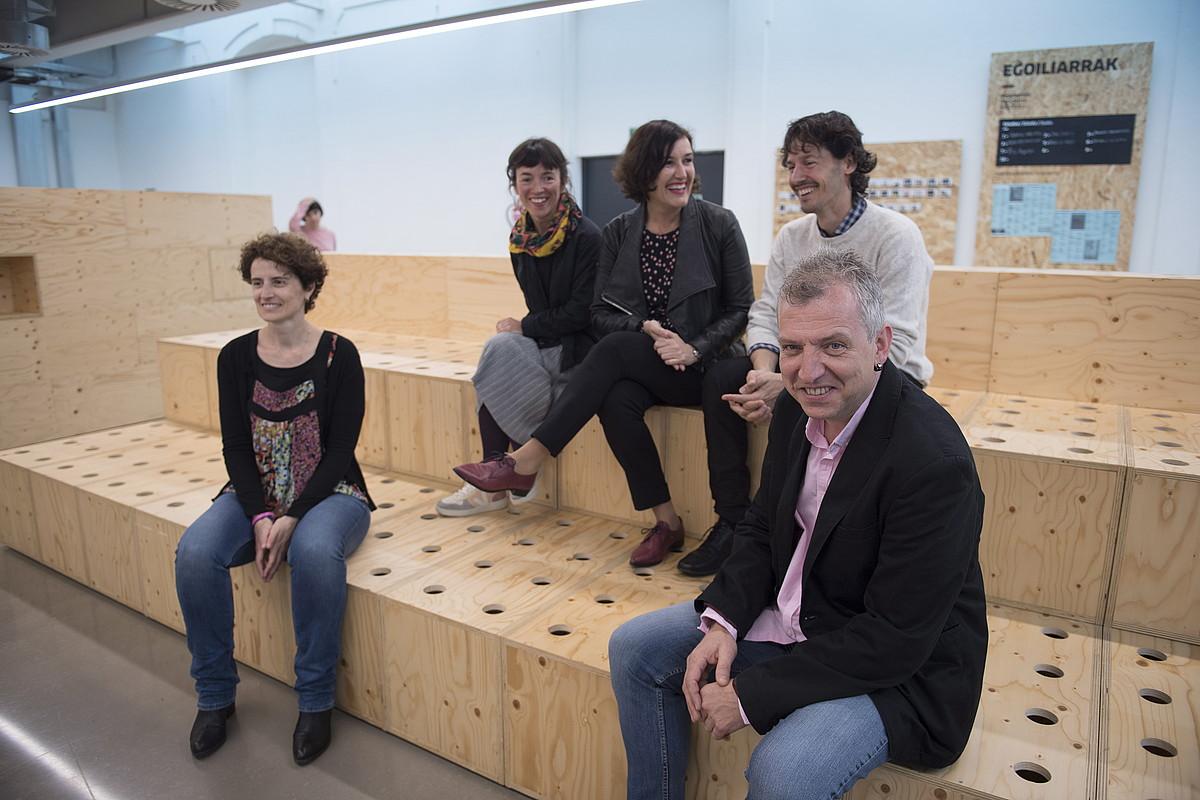 Ezker-eskuin, Maria Jose Telleria, Ane Rodriguez, Irene Larraza, Iker Arrue eta Fernando Saenz de Ugarte.